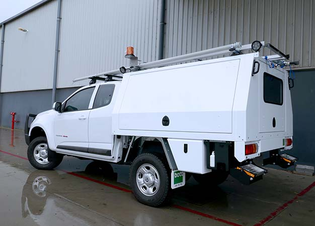External accessories for ute canopies
